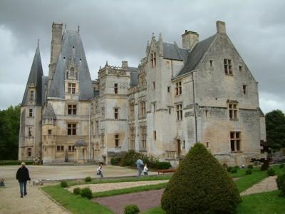 Chateau_de_Fontaine-Henry